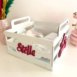 Փայտե տուփ-պահոց փոքրիկի իրերի համար